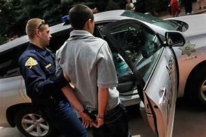 Unlawful arrest: Is resisting a police arrest ever legal?