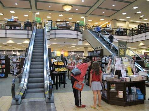 Barnes & Noble Office Photo