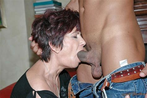 Grannies Mature Milf Blowjob Handjob Sucking 3 Porn