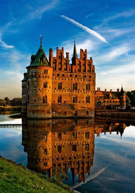 egeskov castle denmark amazing places
