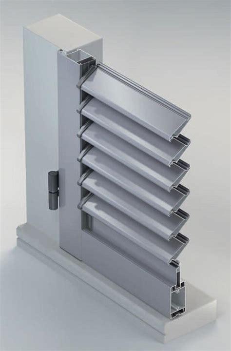 Meccanismi Per Persiane Orientabili by Scuri In Alluminio Sistema Persiana Ad Anta Con Lamelle