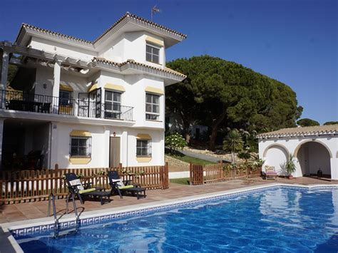 Andalusian Villa With Large Pool For Perfect Family