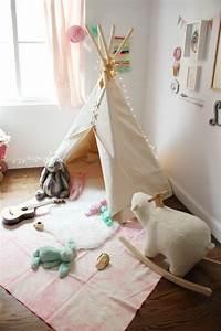 Tipi Chambre Bébé : tipi pour enfant invitez l 39 esprit indien chez vous ~ Teatrodelosmanantiales.com Idées de Décoration