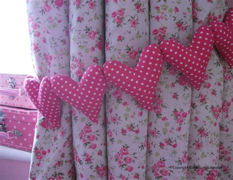 Shabby Chic Hot Pink Polka Dot Curtain Heart Tie-backs Modern Tv Wall Unit Designs For Living Room Colonial Furniture African Black And White Pictures Elegant Decorating Ideas Chair