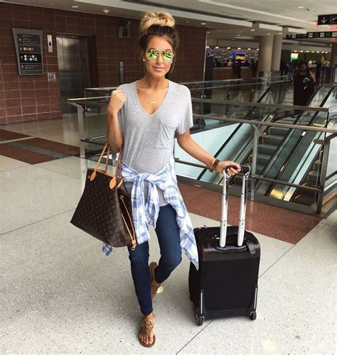 25+ Best Ideas about Airplane Outfits on Pinterest | Summer airplane outfit Clothing items and ...