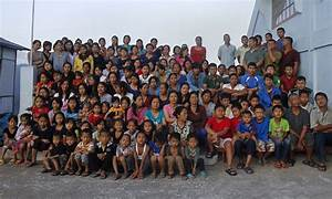 Ziona Chan has 39 wives, 94 children and 33 grandchildren ...