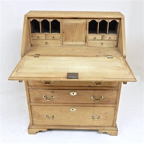 pince bureau pine bureau desk in storage