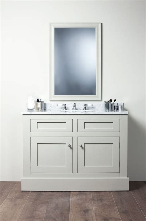Sink Bathroom Vanity Cabinets by Shaker Style Bathroom Vanity Don T Despair In 2019