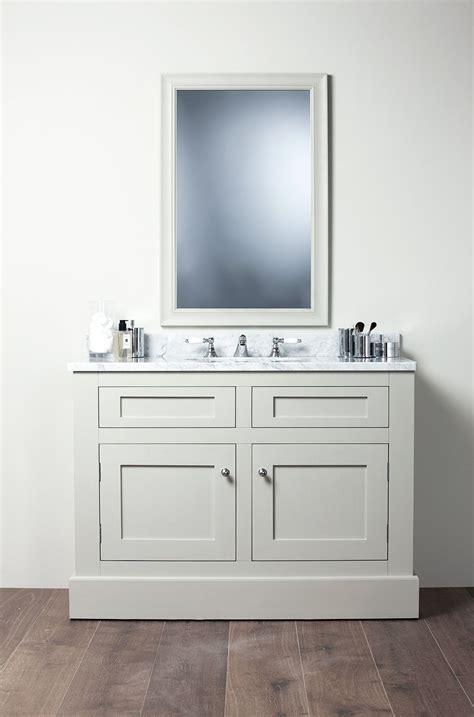shaker style bathroom vanity dont despair