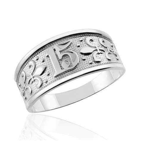 """White Gold """" Sweet 15 Anos"""" Quinceanera Ring. Glass Breaking Wedding Rings. Color Wedding Wedding Rings. Growth Rings. Food Rings. Earthy Engagement Rings. Old Rings. Simple Country Wedding Wedding Rings. Casual Wedding Wedding Rings"""