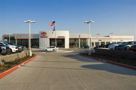 Toyota Dealership Okc by 2012 Toyota Earth Day 001 171 Inhabitat Green Design