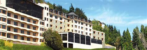 Alma Del Lago  Bariloche  Temporada De Ski 2016  Interpoint. Crowne Plaza Hotel Pittsfield Berkshires. Mein Domizil Hotel. Recina Hotel. Luna Island Hotel. Dormero Hotel Stuttgart. Xinyang Jin Jiang International Hotel. Pension Curmatura Stezii. Hillcrest Guesthouse
