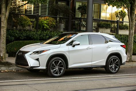 Make A Powerful Statement: The 2017 Lexus Rx 350 And Rx