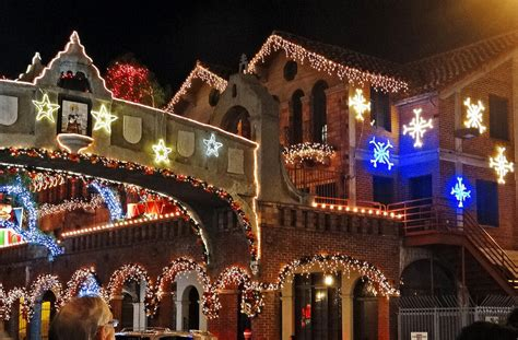 mission inn riverside lights as riverside swelters workers have starting decorating