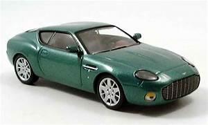 Aston Martin Miniature : aston martin db7 miniature zagato verte 2005 ixo 1 43 voiture ~ Melissatoandfro.com Idées de Décoration