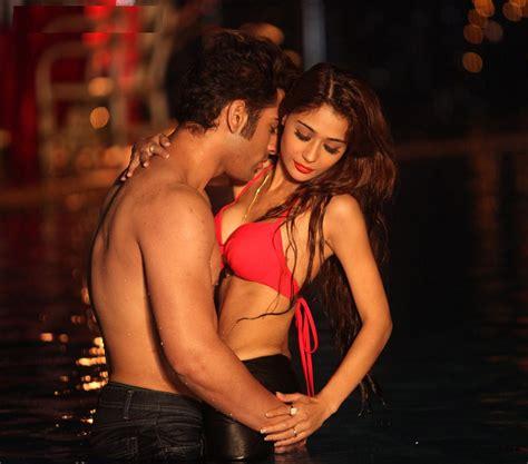 Indian Actress Nude Photos Naked Boobs & Pussy Sexy ...