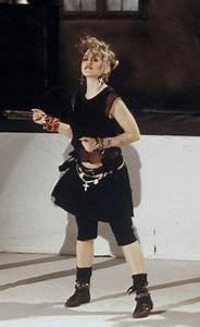 Déguisement Madonna Année 80 : mode des ann es 80 le look eighties revient la mode souvenirs pinterest mode ~ Melissatoandfro.com Idées de Décoration