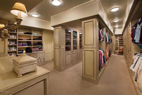 Large Closets by 70 Awesome Walk In Closet Ideas Photos