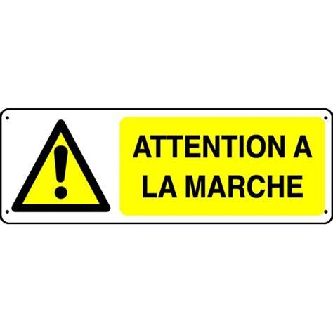 malette de bureau panneau attention à la marche stocksignes