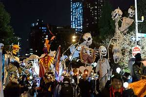 Halloween In Amerika : village halloween parade in nyc 2018 including how to join ~ Frokenaadalensverden.com Haus und Dekorationen