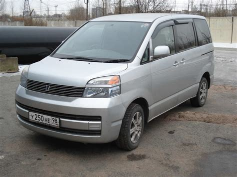 Toyota Voxy Photo by 2003 Toyota Voxy Photos 2 0 Gasoline Automatic For Sale