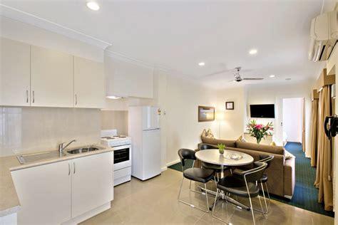 1 bedroom apartment 55 sqm best western melbourne princes