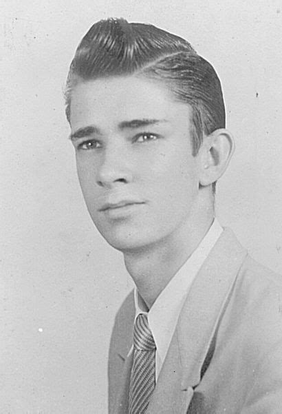Mens Hairstyles Of The 1950s by 20 Best Ch17 The New Look Fashion Conformity Prevails