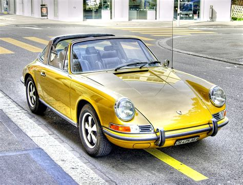 gold porsche truck file golden porsche targa jpg wikimedia commons