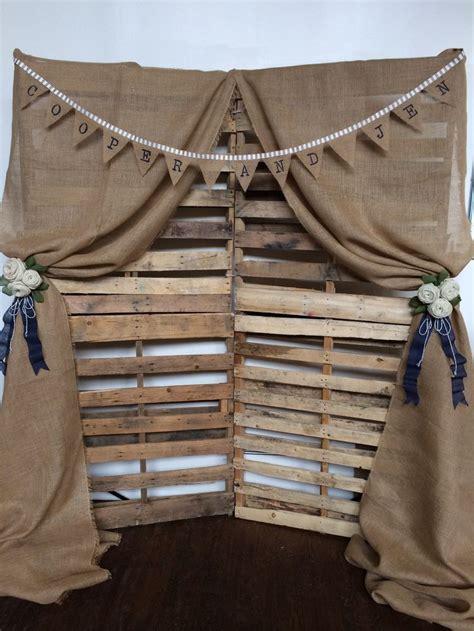 Diy Rustic Backdrop by Best 25 Curtain Backdrop Wedding Ideas On