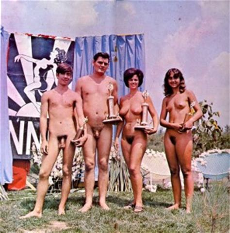 Nudism Girls And Family Photo Hq Page