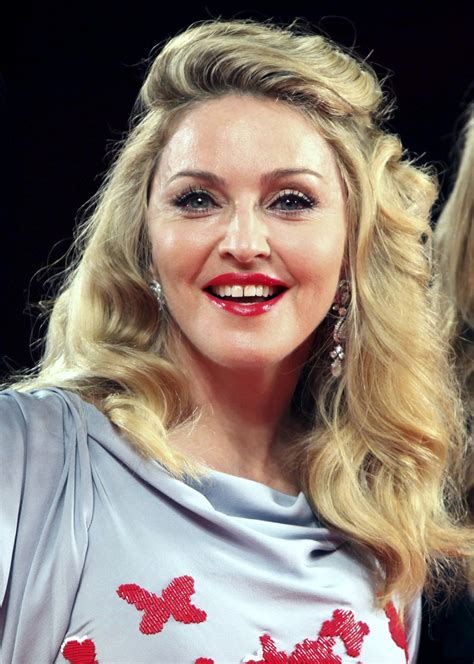madonna grooves    dance night
