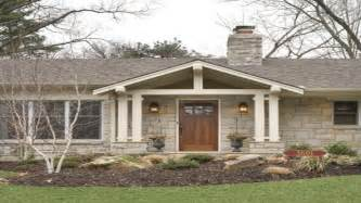 Decorative Brick Ranch House by Ranch Style Front Porch Decks Brick Ranch Front Porch