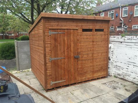 8x8 sheds photos of our customers sheds installed in their gardens