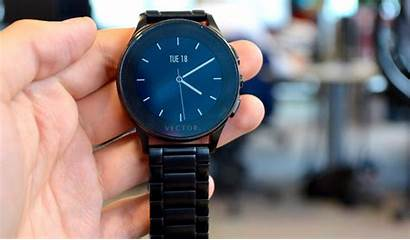 Vector Luna Smartwatch Inside Simple Smart Outside