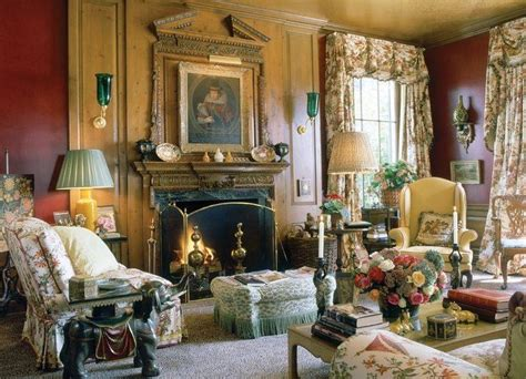 Traditional Living Room Pictures, Photos, and Images for ...