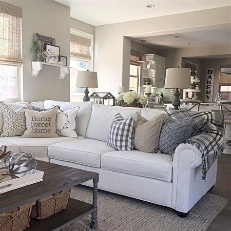 Nice 30 Comfy Modern Farmhouse Living Room Decor Ideas