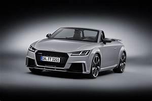 Audi Tt Rs Coupe : 2016 audi tt rs coupe roadster debut with 400 hp image 482862 ~ Nature-et-papiers.com Idées de Décoration
