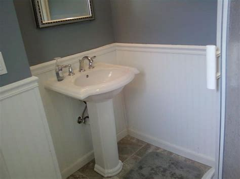 Pedestal Sinks For Small Bathrooms by You Re Pedestal Bathroom Sinks Options To Consider The