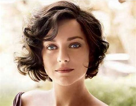 25 Short Haircuts For Curly Wavy Hair Indian Haircut Style For Long Hair Messy Top Bun Short And Beauty Luton Best Black Guys 2016 Bangs Thick New Fall Haircuts Colors Conair Dryer Curling Brush How To Make Hairstyles In