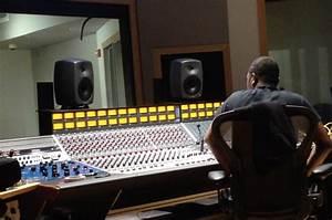 Drexel Opens State-of-the-Art Sound Studio | Now | Drexel ...