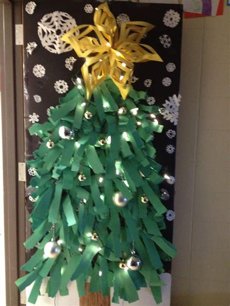 christmas tree door decoration diy pinterest christmas tree doors and bulletin board