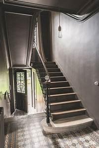 les 25 meilleures idees concernant lustre pour hall d With charming peindre un escalier en blanc 3 les 25 meilleures idees concernant escaliers peints sur
