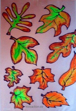 Herbstdeko Für Fenster Mit Kindern Basteln by Kidsaction De Basteln Herbstliches Window Color