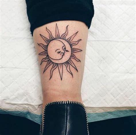 1001 versions fantastiques du tatouage lune et soleil sun and moon tattoos