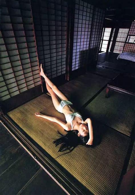【c图集分享】第二期:筱山纪信-日系写真的真正大师,他拍的少女大多红极一时。 摄影公社小组 好知网