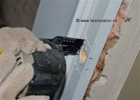 faire un cadre de porte comment faire l installation d une poign 233 e de porte
