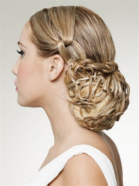 Hairstyles Up by Hair Up Style Inspired By The Classic Snood