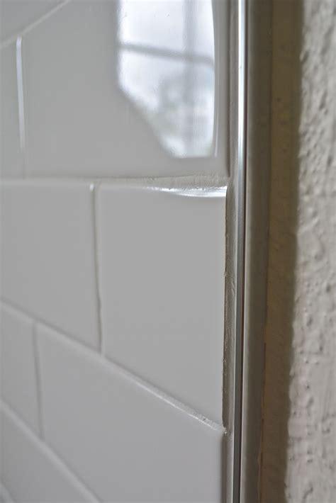 images  shluter trim  pinterest glass mosaic tiles grout  shower niche