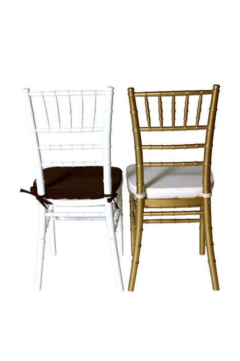 stacking white washed chiavari chair for bistro dining