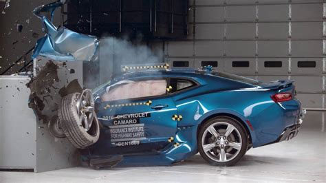 iihs car crash tests